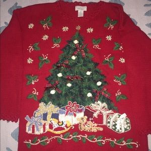 LORD & TAYLOR Christmas Sweater with jingle bells